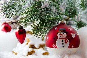 Sculpted ornaments